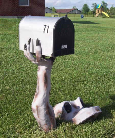 Let me Give you a hand with the mail