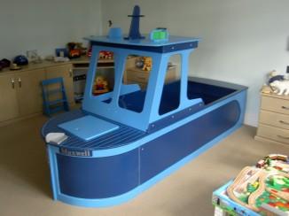 tugboat bedroom